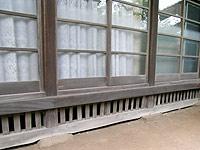 江戸後期の民家:土台あり、基礎なし写真