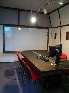 会議室の内部