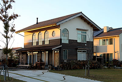 昭和13年に堺市に建てられた洋館を移築再生しました