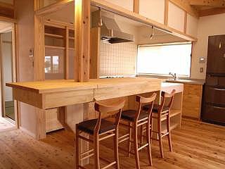 キッチンカウンターと配膳台