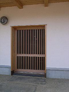 玄関ポーチ