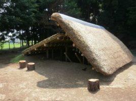 草葺き穴屋(竪穴式住居)