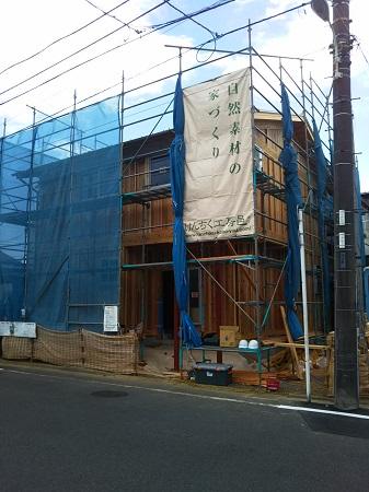 建築施工の様子