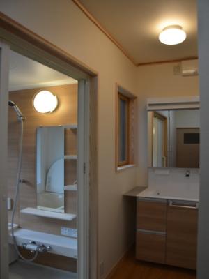 洗面脱衣室・浴室